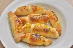 Petits pains de croissant avec le cumin photo stock