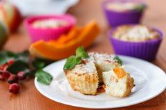 Petits pains de fromage avec le potiron Image stock