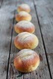 Petits pains de pain de farine d'avoine, casse-croûte rond de sandwich à briosche Photos libres de droits