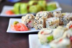 Sushi colorés et délicieux Photos libres de droits