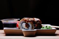 Petits pains de sushi japonais de cuisine Photographie stock