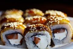 Petits pains de sushi japonais de cuisine Images stock
