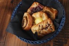 Petits pains faits maison doux Photo stock
