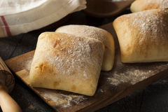 Petits pains faits maison frais de ciabatta Photo stock