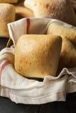Petits pains faits maison frais de ciabatta Images libres de droits