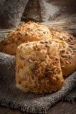 Petits pains frais avec la graine de tournesol Image stock
