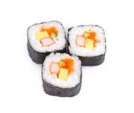 Petits pains frais de maki de sushi, d'isolement sur le blanc, Images stock