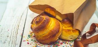 Petits pains frais, petit pain tordu et doux Photo libre de droits