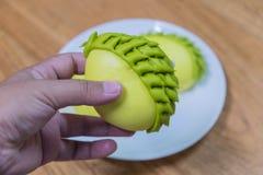 Petits pains jaunes et verts de durian photo libre de droits