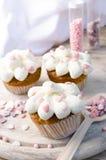 Petits pains roses de coeurs Photos libres de droits