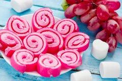 Petits pains roses de gelée de guimauve photo stock