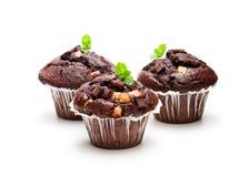Petits pains triples de chocolat d'isolement sur le blanc Images libres de droits