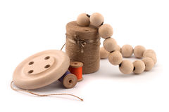 Petits programmes d'amorçage et boutons en bois Image stock