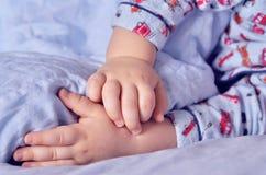 Petits sommeils d'enfant Image stock