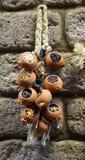 Petits vases remplis d'épices accrochant l'ornement Photographie stock libre de droits