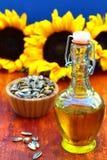 Petróleo de girasol con los gérmenes Imagen de archivo libre de regalías
