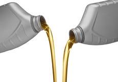 Petróleo de motor de derramamento Fotografia de Stock Royalty Free