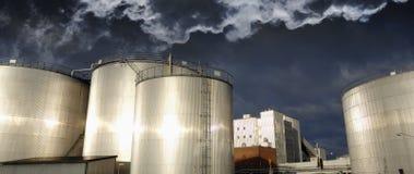 Petróleo, gas y contaminación imagen de archivo libre de regalías