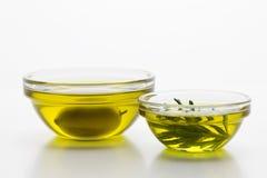 Petróleo verde-oliva 2 imagem de stock