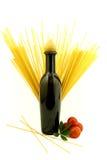 Petróleo y espagueti Imágenes de archivo libres de regalías