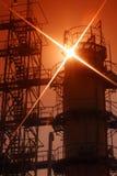 Petróleo y industria petrolera rusos. La fábrica del refinamiento Imagen de archivo