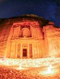 Petra在夜之前 库存照片