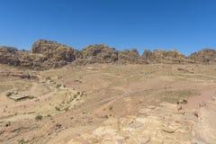 Petra,约旦岩石沙漠风景  免版税库存照片