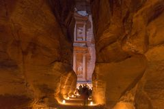 Petra,约旦, 2015年12月24日,财宝, Petra在夜之前 库存图片