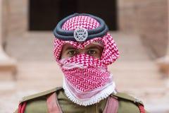 """PETRA, †de JORDÂNIA """"25 de dezembro de 2015: Soldado real que guarda a cidade Fotos de Stock"""