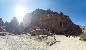 PETRA é um símbolo da atração turística mais-visitada de Jordânia, assim como de Jordânia fotografia de stock