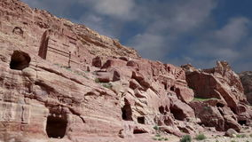 Petra, Ιορδανία, Μέση Ανατολή -- είναι ένα σύμβολο της Ιορδανίας, καθώς επίσης και του πιό πολύ-επισκεμμένου το s τουριστικού αξι απόθεμα βίντεο