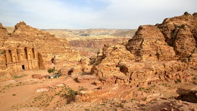PETRA, ДЖОРДАН: Общий вид с Al Deir монастыря на левой стороне Стоковые Фотографии RF