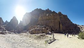 Petra het is een symbool van Jordanië, evenals de het meest-bezochte toeristische attractie van Jordanië stock fotografie