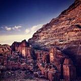 Petra in Jordanië bij zonsondergang Stock Foto