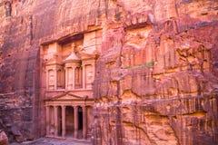 PETRA, la capitale del regno di Nabatean Il sito archeologico famoso in Giordania del sud, fotografia stock libera da diritti
