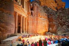 Petra By Night Treasury en Jordan Asia photographie stock