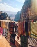 Petra od gór wokoło Światowe dziedzictwo teren Jordania fotografia stock