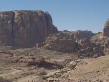 Petra; Raqmu - historyczne ruiny antyczny, rockowy miasto Nabatean Arabians, Ja lokalizuje w południowo-zachodni Jordania Ja jest zdjęcia stock