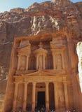 Petra; Raqmu - historyczne ruiny antyczny, rockowy miasto Nabatean Arabians, Ja lokalizuje w południowo-zachodni Jordania Ja jest fotografia royalty free