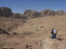 PETRA; Raqmu - ruínas históricas do antiga, cidade da rocha dos Arabians de Nabatean É ficado situado em Jordânia do sudoeste É i imagem de stock