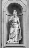 Petrarch雕象在佛罗伦萨 库存照片