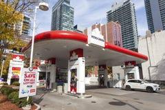Petro加拿大加油站在多伦多 库存图片