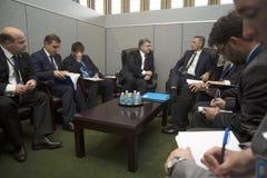 Petro波罗申科总统和延什Stolt北约秘书长 库存图片