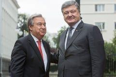 Petro Poroshenko και Η.Ε Γενικός Γραμματέας Antonio Guterres Στοκ Εικόνες