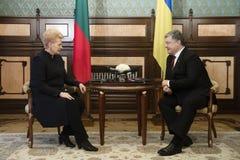 Petro Poroshenko και Dalia GrybauskaitÄ- Στοκ Φωτογραφία