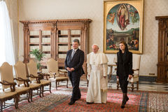 Petro Poroshenko e papa Francis Imagens de Stock Royalty Free