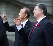 Petro Poroshenko en Ban Ki-moon royalty-vrije stock afbeeldingen