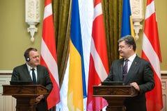 Petro Poroshenko en Lars Lokke Rasmussen Stock Afbeelding