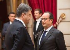 Petro Poroshenko et Francois Hollande Photographie stock libre de droits