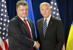 Petro Poroshenko et Joe Biden Photo libre de droits